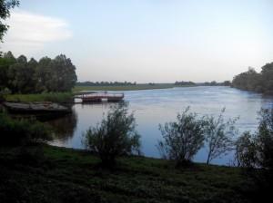 паромная переправа (дорога от Свердловки к Мезину)
